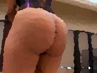 ass matures toucher leggins sexy